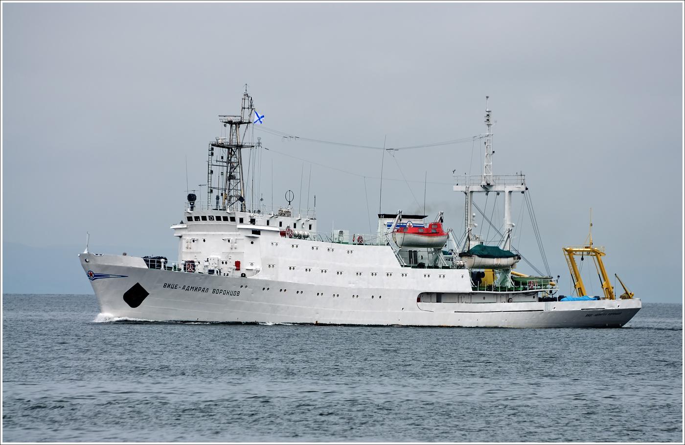 Медведев подписал документ о расширении российских границ на шельфе в Охотском море