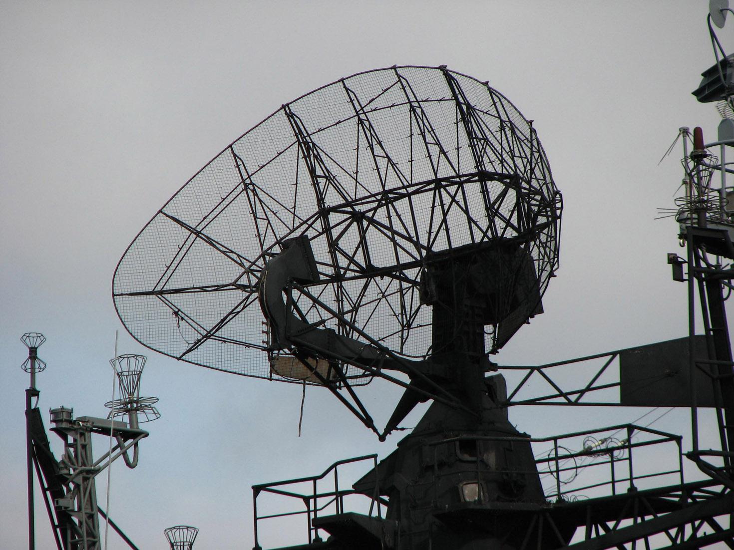 чертежи исхемы одиннадцати элементной децииетровой антенны волновой канал