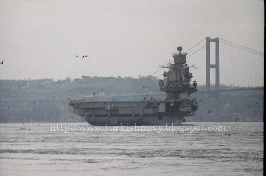 Kuznetsov passing through Bosphorus.jpg