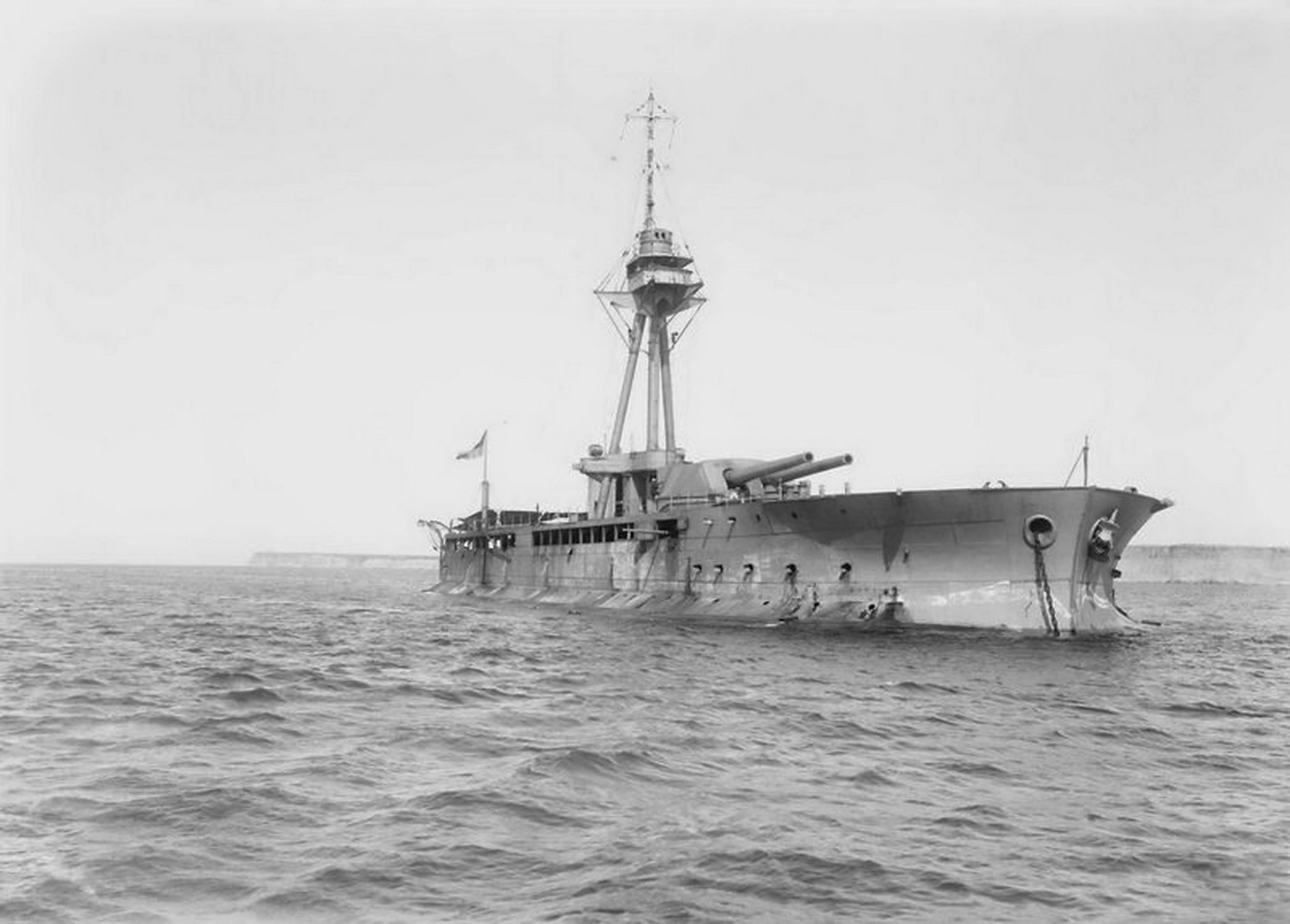 Monitor HMS ABERCROMBIE in 1919, Srzm.jpg